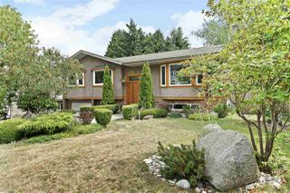 Photo 1: 15580 POPLAR Drive in Surrey: King George Corridor House for sale (South Surrey White Rock)  : MLS®# R2396036