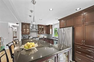 Photo 6: 15580 POPLAR Drive in Surrey: King George Corridor House for sale (South Surrey White Rock)  : MLS®# R2396036