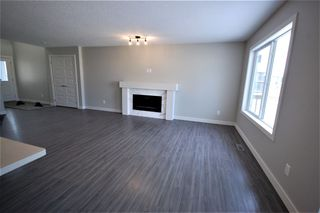 Photo 2: 3612 49 Avenue: Beaumont House Half Duplex for sale : MLS®# E4182177