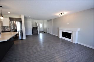 Photo 4: 3612 49 Avenue: Beaumont House Half Duplex for sale : MLS®# E4182177