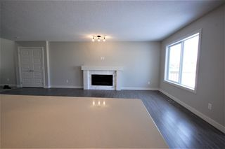 Photo 3: 3612 49 Avenue: Beaumont House Half Duplex for sale : MLS®# E4182177