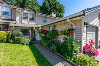 """Photo 3: 8 2803 MARBLE HILL Drive in Abbotsford: Abbotsford East Townhouse for sale in """"Marble Hill Place"""" : MLS®# R2477993"""