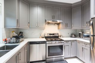 Photo 2: 875 PRAIRIE Avenue in Port Coquitlam: Lincoln Park PQ House for sale : MLS®# R2489447