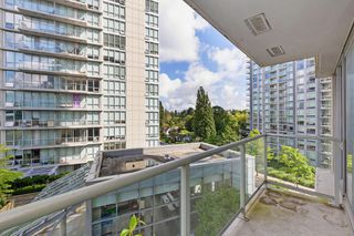 "Photo 12: 501 9981 WHALLEY Boulevard in Surrey: Whalley Condo for sale in ""Park Place II"" (North Surrey)  : MLS®# R2488399"