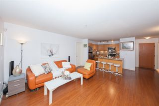 Photo 4: 304 8717 160 Street in Surrey: Fleetwood Tynehead Condo for sale : MLS®# R2508248