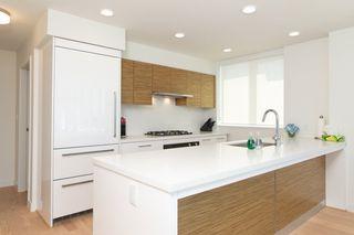 Photo 3: 1006 7333 MURDOCH Avenue in Richmond: Brighouse Condo for sale : MLS®# R2522824