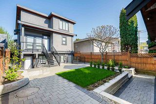 Photo 18: 3467 NANAIMO STREET in Vancouver: Grandview Woodland House for sale (Vancouver East)  : MLS®# R2360732