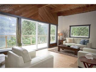 Photo 6: 2937 PANORAMA Drive in North Vancouver: Northlands House for sale : MLS®# R2443266