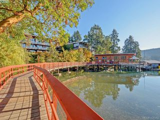 Photo 25: 102 1196 Sluggett Rd in BRENTWOOD BAY: CS Brentwood Bay Condo for sale (Central Saanich)  : MLS®# 838000