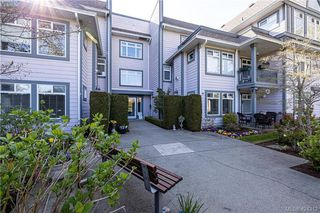 Photo 4: 102 1196 Sluggett Road in BRENTWOOD BAY: CS Brentwood Bay Condo Apartment for sale (Central Saanich)  : MLS®# 424312