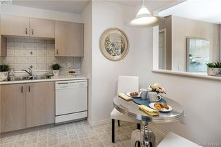 Photo 11: 102 1196 Sluggett Rd in BRENTWOOD BAY: CS Brentwood Bay Condo for sale (Central Saanich)  : MLS®# 838000