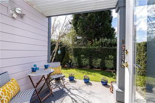 Photo 9: 102 1196 Sluggett Rd in BRENTWOOD BAY: CS Brentwood Bay Condo for sale (Central Saanich)  : MLS®# 838000