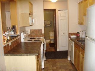 Photo 3: 212 10529 93 Street in Edmonton: Zone 13 Condo for sale : MLS®# E4194932