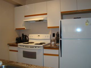 Photo 11: 102 11045 123 Street in Edmonton: Zone 07 Condo for sale : MLS®# E4198460