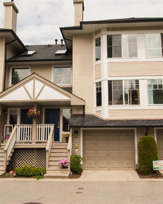 """Photo 1: 32 7640 BLOTT Street in Mission: Mission BC Townhouse for sale in """"Amberlea"""" : MLS®# R2469610"""