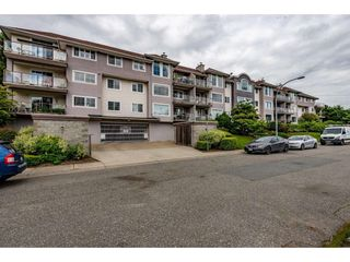 "Photo 2: 210 33599 2ND Avenue in Mission: Mission BC Condo for sale in ""Stave Lake Landing"" : MLS®# R2476668"
