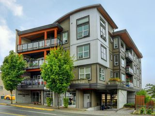 Photo 5: 401 1008 Tillicum Rd in Esquimalt: Es Kinsmen Park Condo for sale : MLS®# 841521