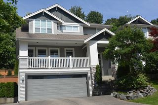 """Photo 1: 3384 BLOSSOM Court in Abbotsford: Abbotsford East House for sale in """"THE HIGHLANDS"""" : MLS®# R2480383"""
