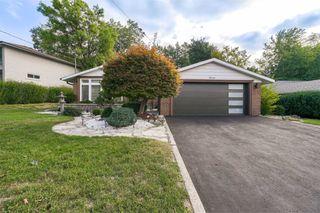 Photo 1: 11 Valentine Drive in Toronto: Parkwoods-Donalda House (Bungalow) for lease (Toronto C13)  : MLS®# C4906967