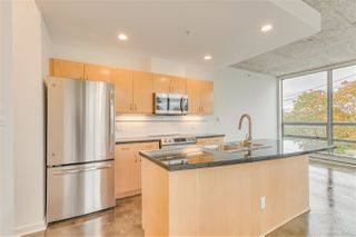 """Photo 6: 408 919 STATION Street in Vancouver: Strathcona Condo for sale in """"The Left Bank"""" (Vancouver East)  : MLS®# R2511379"""