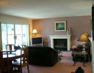 """Photo 2: 699 DOUGALL Road in Gibsons: Gibsons & Area Townhouse for sale in """"MARINA PLACE"""" (Sunshine Coast)  : MLS®# V619580"""