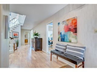 """Photo 8: 47 1725 SOUTHMERE Crescent in Surrey: Sunnyside Park Surrey Townhouse for sale in """"Englesea"""" (South Surrey White Rock)  : MLS®# R2412302"""