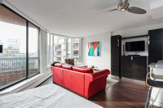 """Photo 5: 613 950 DRAKE Street in Vancouver: Downtown VW Condo for sale in """"ANCHOR POINT II"""" (Vancouver West)  : MLS®# R2427923"""