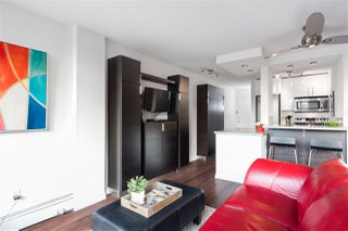"""Photo 7: 613 950 DRAKE Street in Vancouver: Downtown VW Condo for sale in """"ANCHOR POINT II"""" (Vancouver West)  : MLS®# R2427923"""