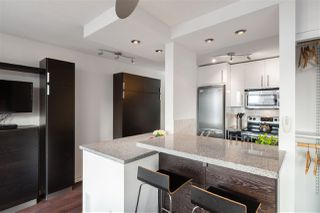 """Photo 9: 613 950 DRAKE Street in Vancouver: Downtown VW Condo for sale in """"ANCHOR POINT II"""" (Vancouver West)  : MLS®# R2427923"""