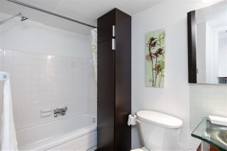 """Photo 16: 613 950 DRAKE Street in Vancouver: Downtown VW Condo for sale in """"ANCHOR POINT II"""" (Vancouver West)  : MLS®# R2427923"""