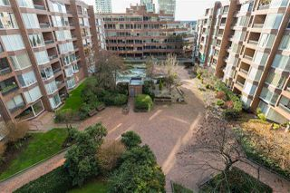 """Photo 19: 613 950 DRAKE Street in Vancouver: Downtown VW Condo for sale in """"ANCHOR POINT II"""" (Vancouver West)  : MLS®# R2427923"""
