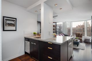 """Photo 11: 613 950 DRAKE Street in Vancouver: Downtown VW Condo for sale in """"ANCHOR POINT II"""" (Vancouver West)  : MLS®# R2427923"""