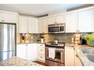 "Photo 8: 202 15389 ROPER Avenue: White Rock Condo for sale in ""Regency Court"" (South Surrey White Rock)  : MLS®# R2434282"