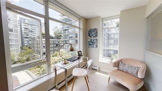 Photo 4: 556 168 W 1ST AVENUE in Vancouver: False Creek Condo for sale (Vancouver West)  : MLS®# R2467542