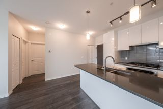 "Photo 13: 521 9366 TOMICKI Avenue in Richmond: West Cambie Condo for sale in ""ALEXANDRA COURT/CARLTON"" : MLS®# R2492400"