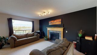 Photo 3: 8604 177 Avenue in Edmonton: Zone 28 House for sale : MLS®# E4213364