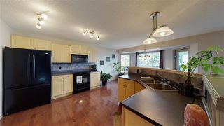 Photo 9: 8604 177 Avenue in Edmonton: Zone 28 House for sale : MLS®# E4213364