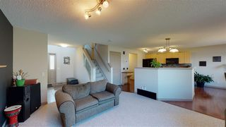 Photo 5: 8604 177 Avenue in Edmonton: Zone 28 House for sale : MLS®# E4213364