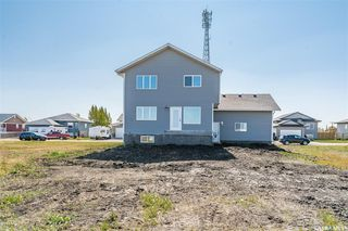 Photo 3: 113 McDonald Street in Aberdeen: Residential for sale : MLS®# SK827402