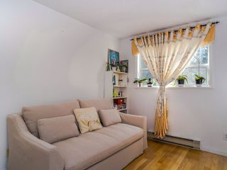 """Photo 8: 202 3680 RAE Avenue in Vancouver: Collingwood VE Condo for sale in """"RAE COURT"""" (Vancouver East)  : MLS®# R2506531"""
