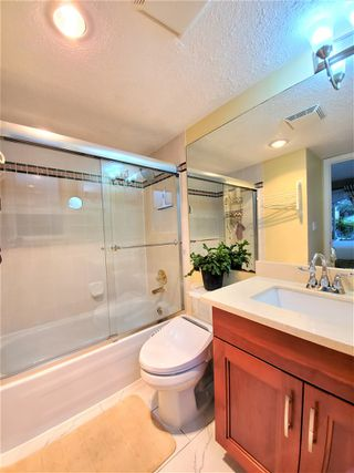 """Photo 14: 202 3680 RAE Avenue in Vancouver: Collingwood VE Condo for sale in """"RAE COURT"""" (Vancouver East)  : MLS®# R2506531"""