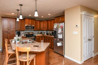 Photo 8: 2629 Kendal Ave in : CV Cumberland House for sale (Comox Valley)  : MLS®# 860406