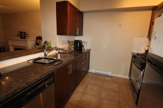 Photo 5: 111 7000 21ST AVENUE in Burnaby: Highgate Townhouse for sale (Burnaby South)  : MLS®# R2398289