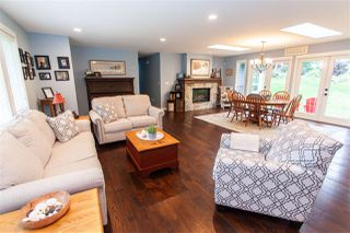 "Photo 3: 5272 244 Street in Langley: Salmon River House for sale in ""Salmon River"" : MLS®# R2412994"