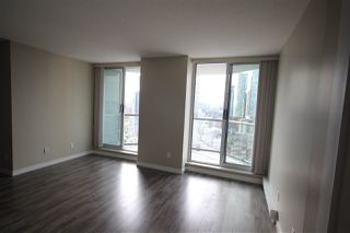Photo 3: 1608 1212 HOWE STREET in Vancouver: Downtown VW Condo for sale (Vancouver West)  : MLS®# R2410666
