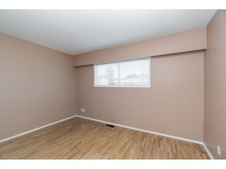 Photo 9: 6300 EDSON Drive in Sardis: Sardis West Vedder Rd House for sale : MLS®# R2435111
