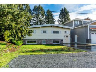 Photo 2: 6300 EDSON Drive in Sardis: Sardis West Vedder Rd House for sale : MLS®# R2435111