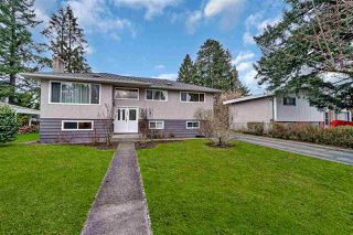Photo 1: 1821 WOODVALE Avenue in Coquitlam: Central Coquitlam House for sale : MLS®# R2445914