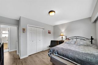 Photo 12: 1821 WOODVALE Avenue in Coquitlam: Central Coquitlam House for sale : MLS®# R2445914