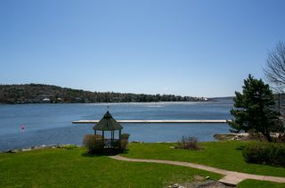 Photo 1: 8 411 Shore Drive in Bedford: 20-Bedford Residential for sale (Halifax-Dartmouth)  : MLS®# 202007275